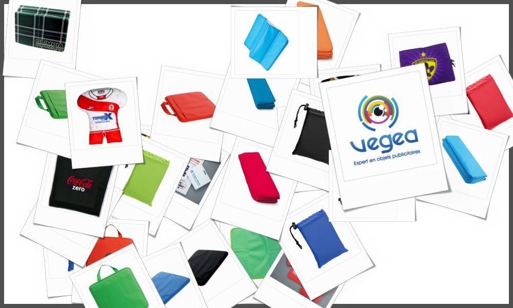 Coussins de stade personnalisables à votre effigie avec un logo, un texte ou une image | Grossiste et fabrication d'objets publicitaires et cadeaux d'entreprise