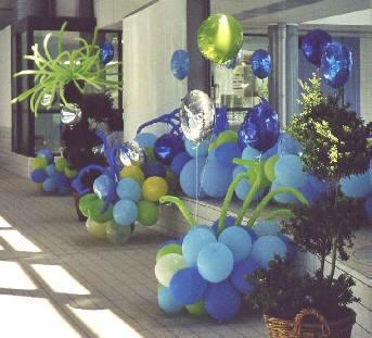 d coration de salles avec des ballons personnalis e cadeau publicitaire. Black Bedroom Furniture Sets. Home Design Ideas