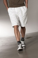 Bermudas et shorts avec logo