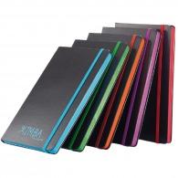 Carnet personnalisable A5 noir avec bord coloré