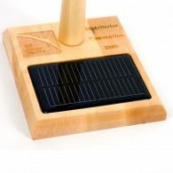 Eolienne en bois 30 cm à énergie solaire