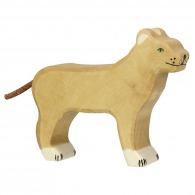 Lionne en bois