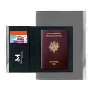 El titular del pasaporte
