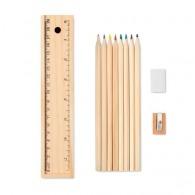 Set d'écriture avec crayons de couleur