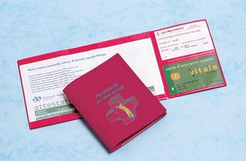 Pochettes santé et étuis cartes vitale personnalisé