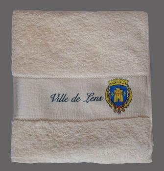 Serviettes de bain sur-mesure et draps de bain en fabrication spéciale customisé