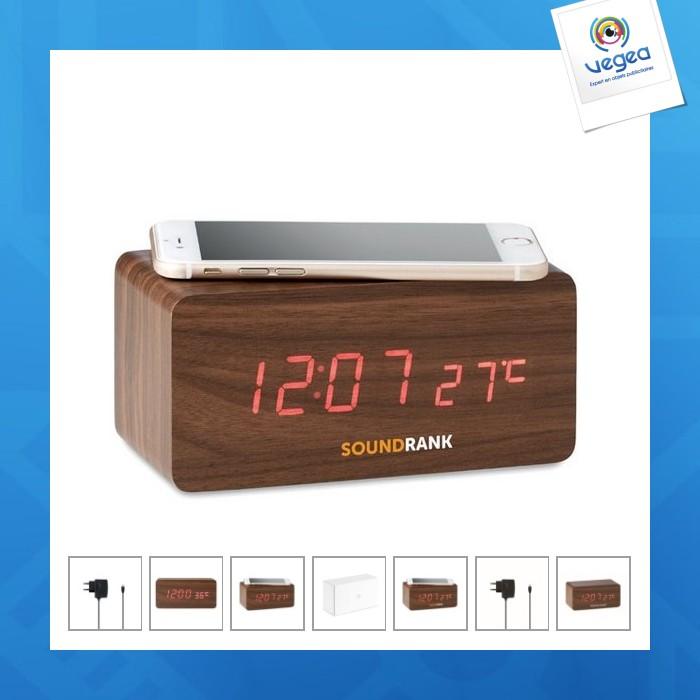 Despertador de madera con cargador inalámbrico