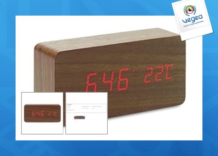 Horloge avec logo  led  en mdf