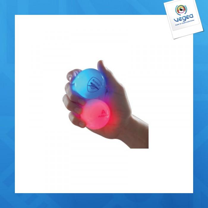 La brillante y deslumbrante pelota saltarina