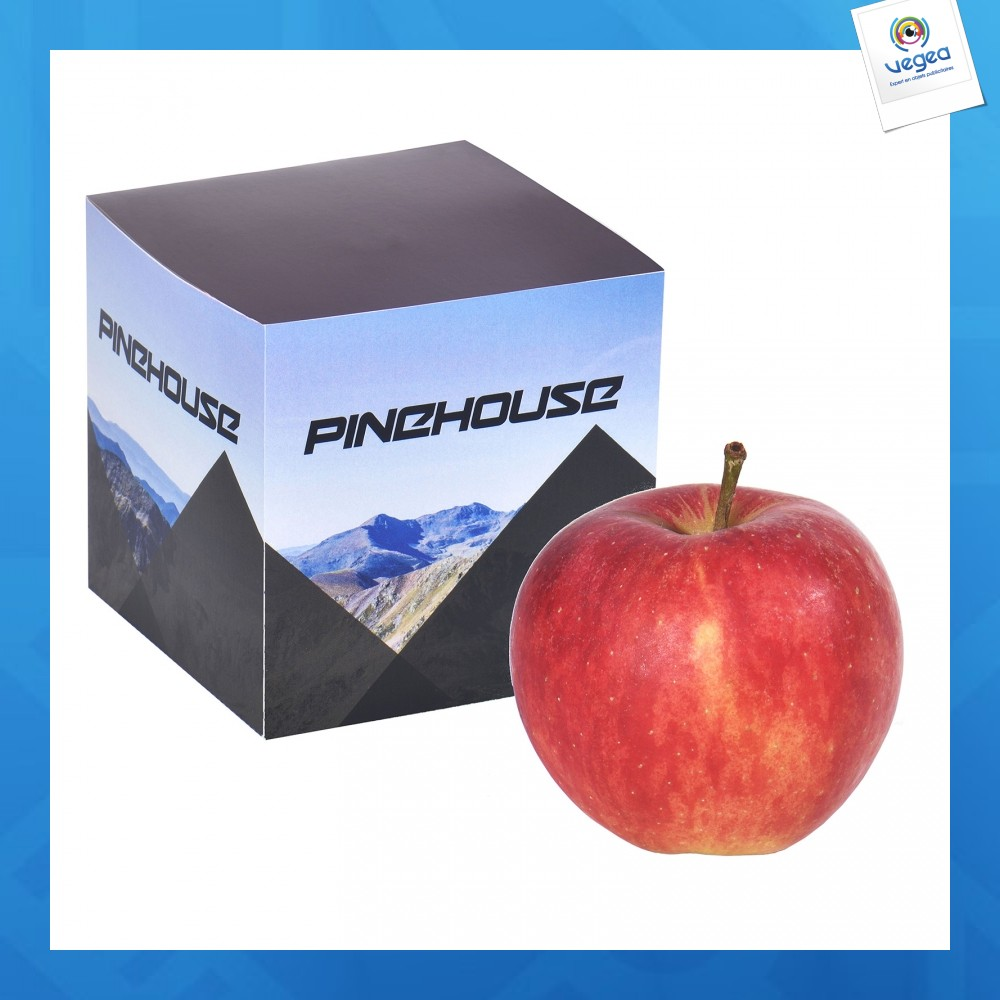 Pomme sous boîte en carton