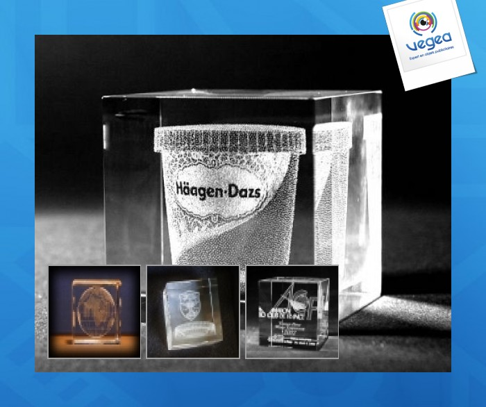 Rectangular glass paperweight with 3d laser engraving