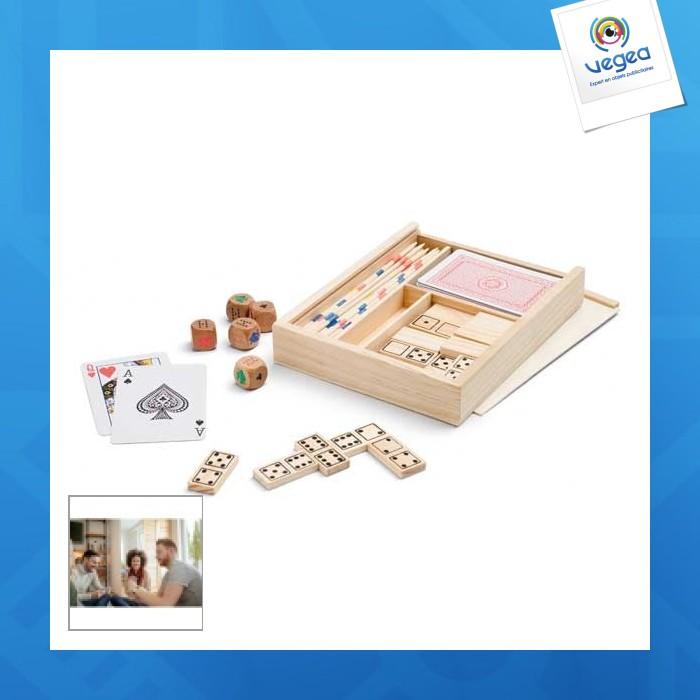 Set de jeux 4 en 1 : jeu de cartes, mikado, dés, dominos